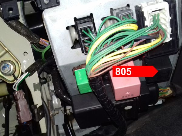 806 Front Fog Ls Relay Remove The Lower Shroud Under Steering Column To Gain Access Mainboard This Is Located On Bottom End Of: Citroen Bx Electrical Wiring Diagram At Mazhai.net